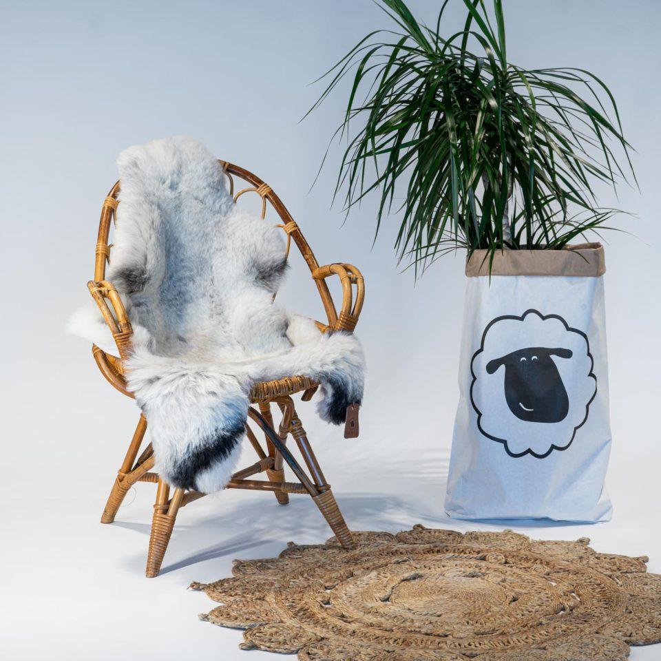 A08 Schapenvacht gemeleerd stoel Sheepycc