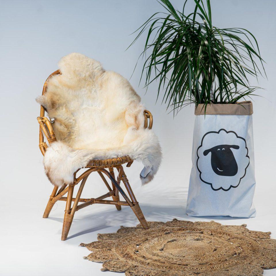 A12 Schapenvacht gemeleerd stoel Sheepycc