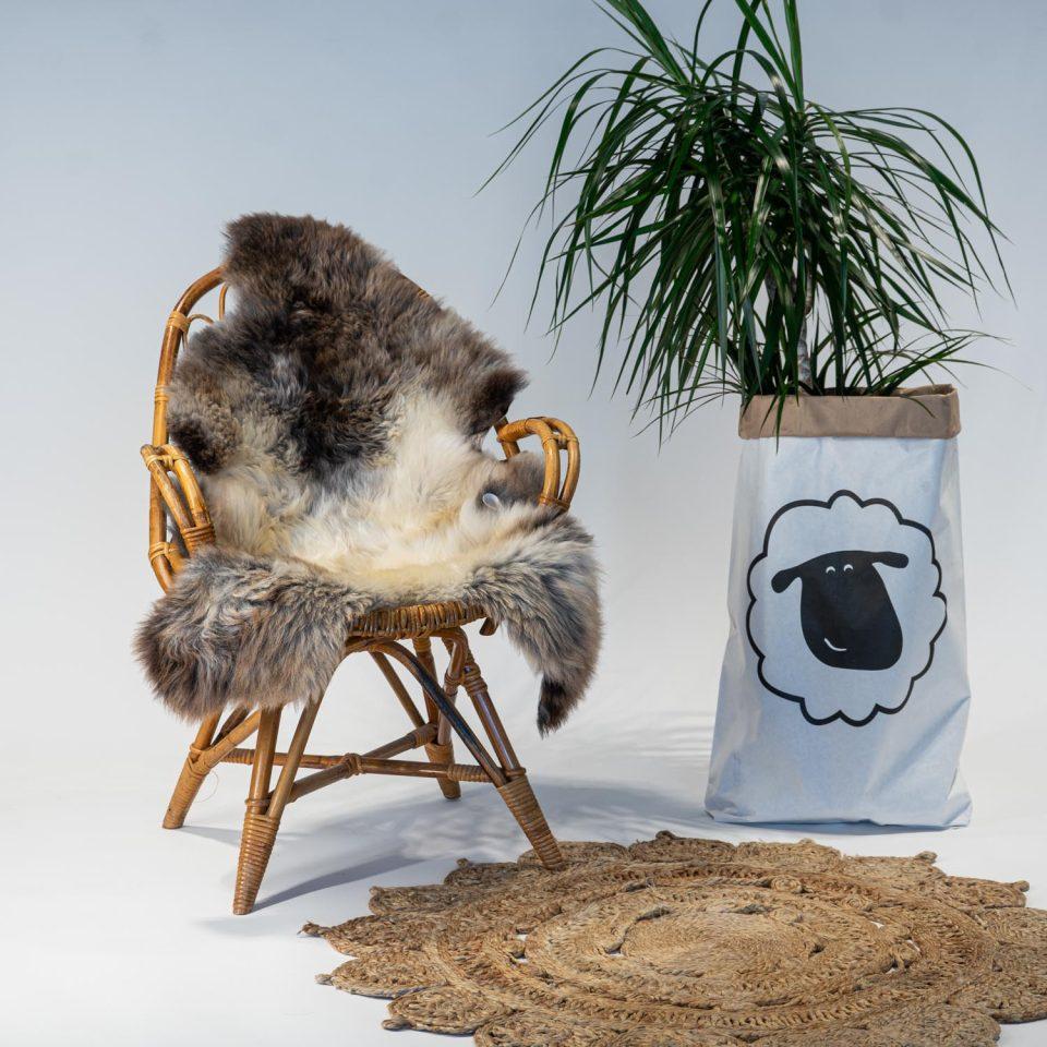 A13 Schapenvacht gemeleerd stoel Sheepycc
