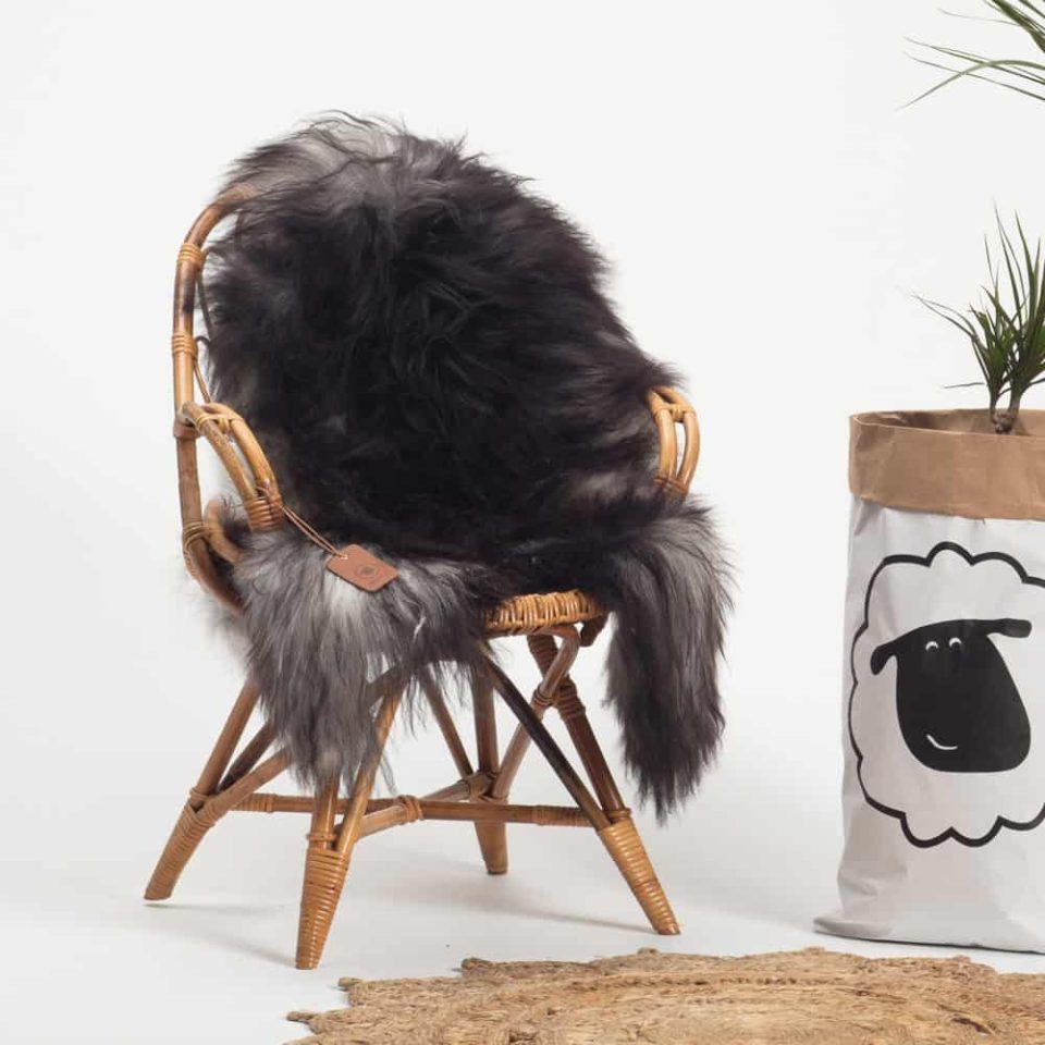 Schapenvacht Grijs IJslands R51 maat XL.stoel