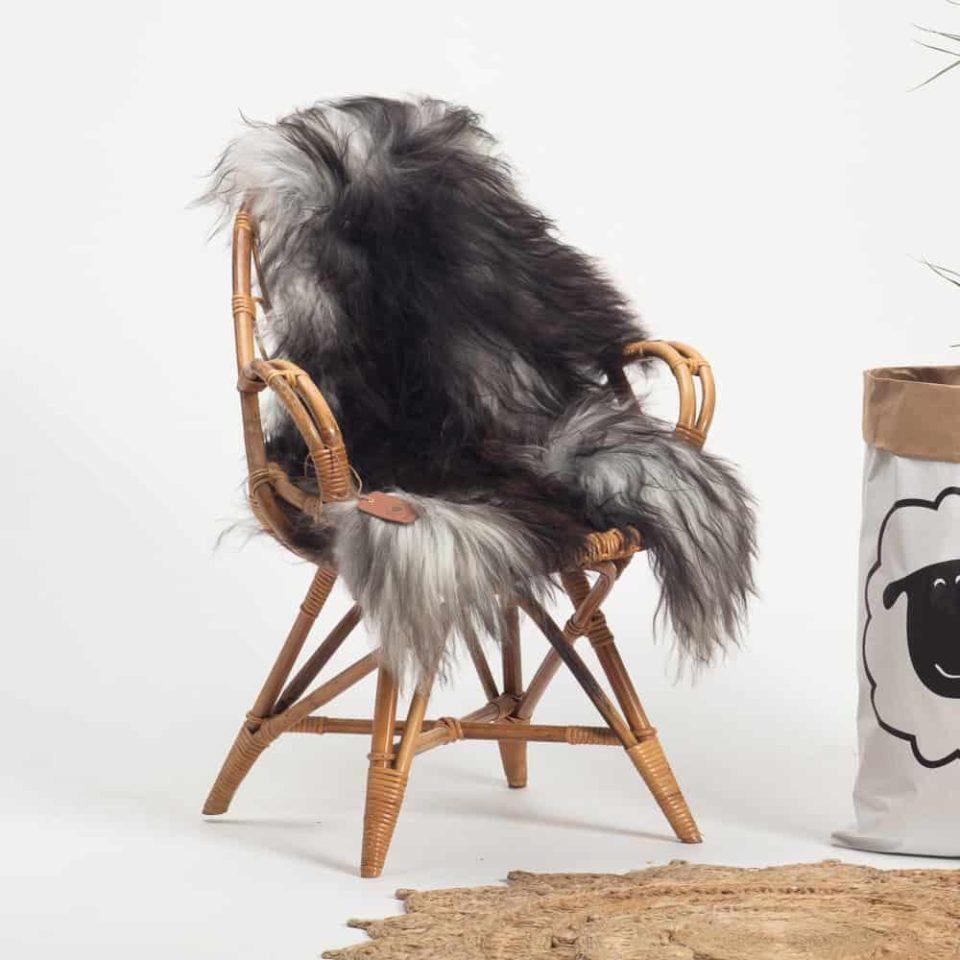 Schapenvacht Grijs IJslands R57 maat XL.stoel