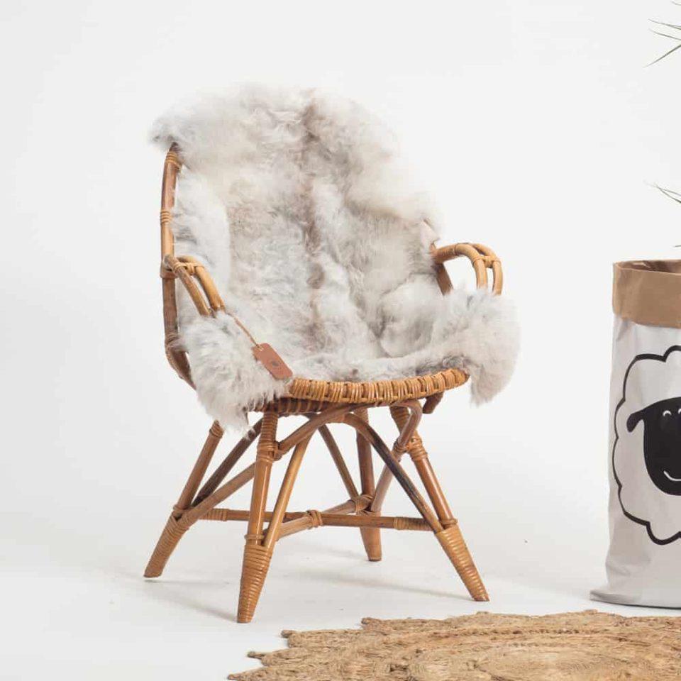 Schapenvacht grijs IJslands R71 stoel