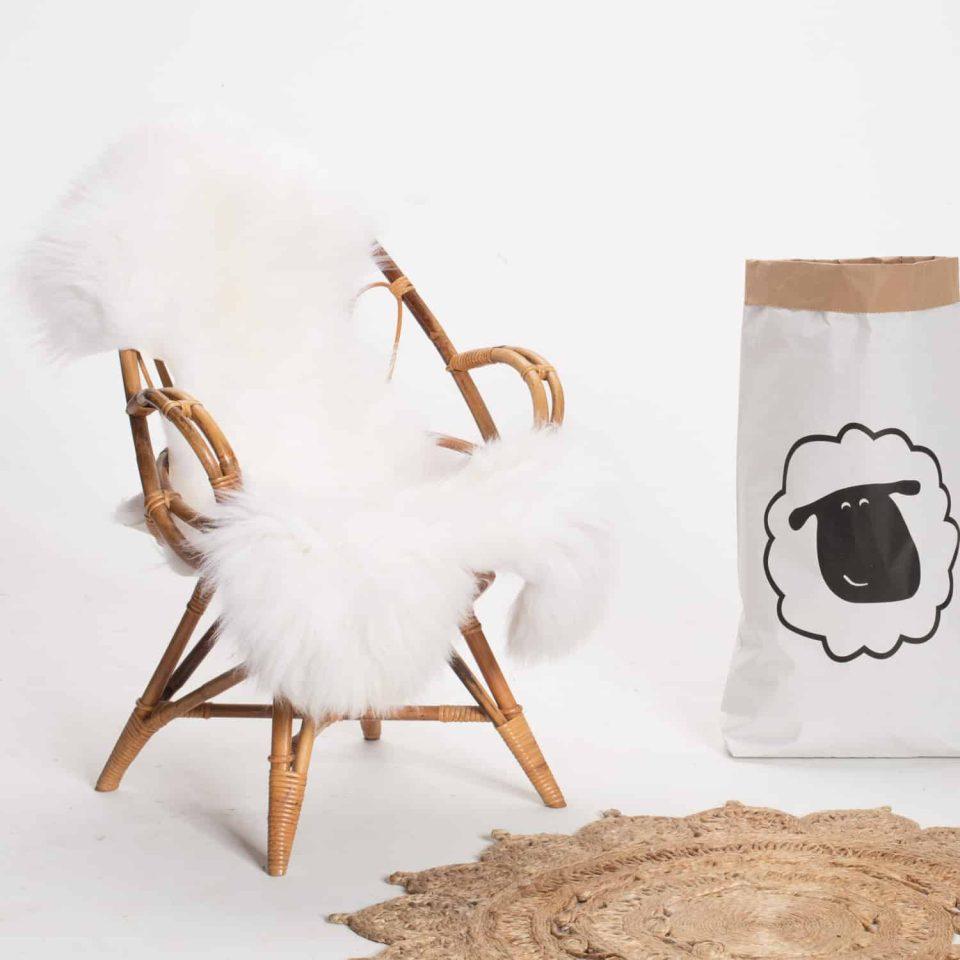 Schapenvacht beige stoel 15