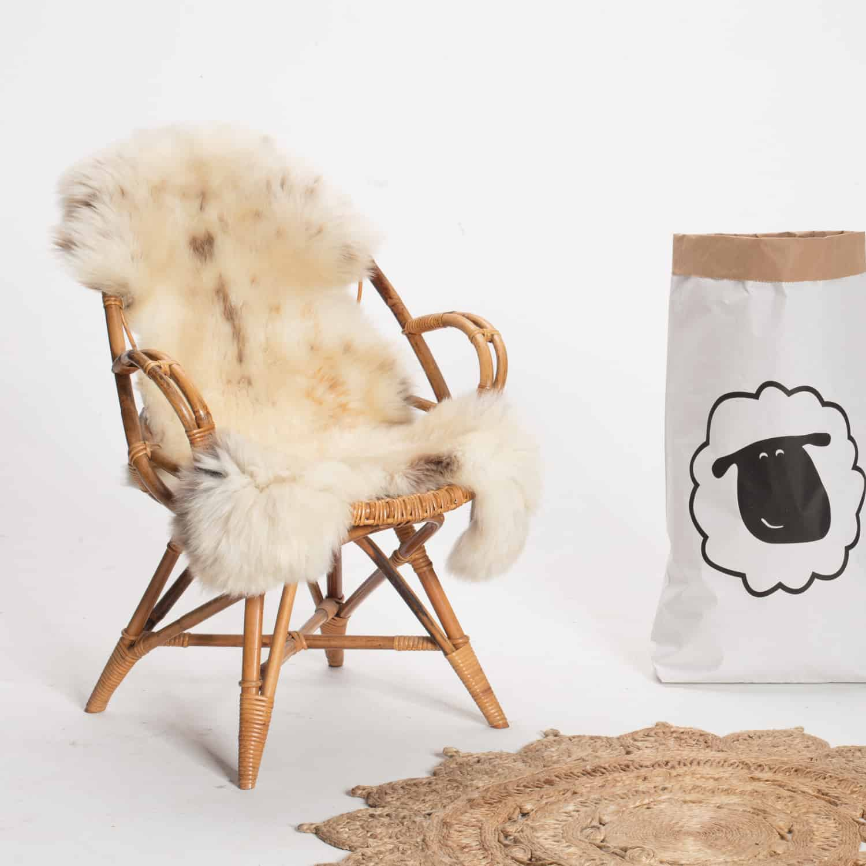 Schapenvacht beige stoel 19