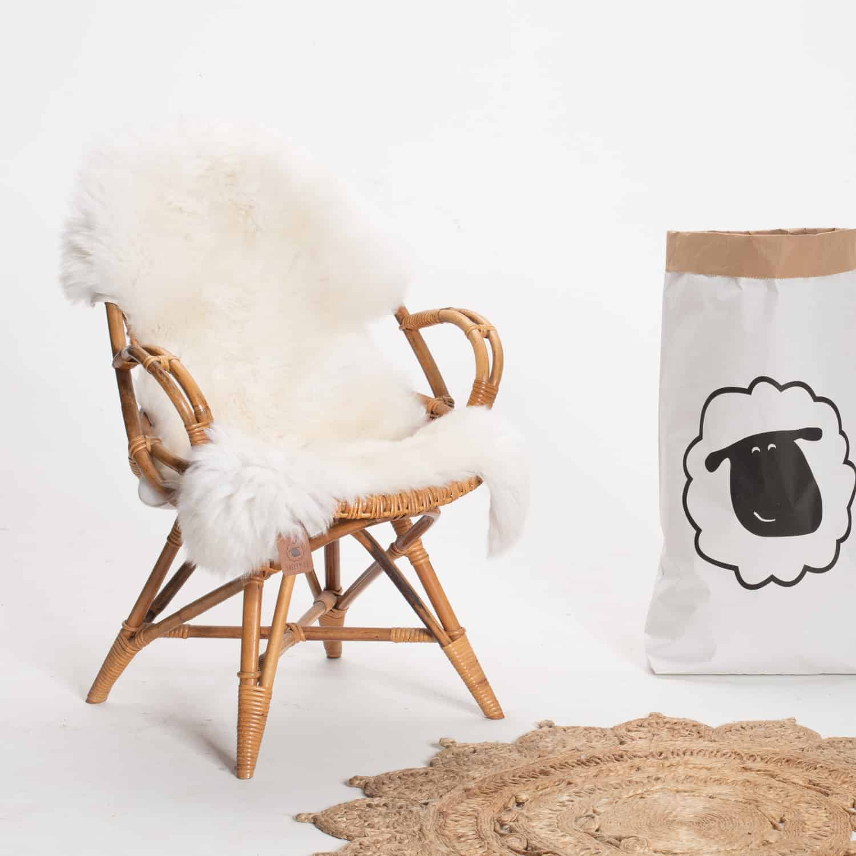 Schapenvacht beige stoel 20