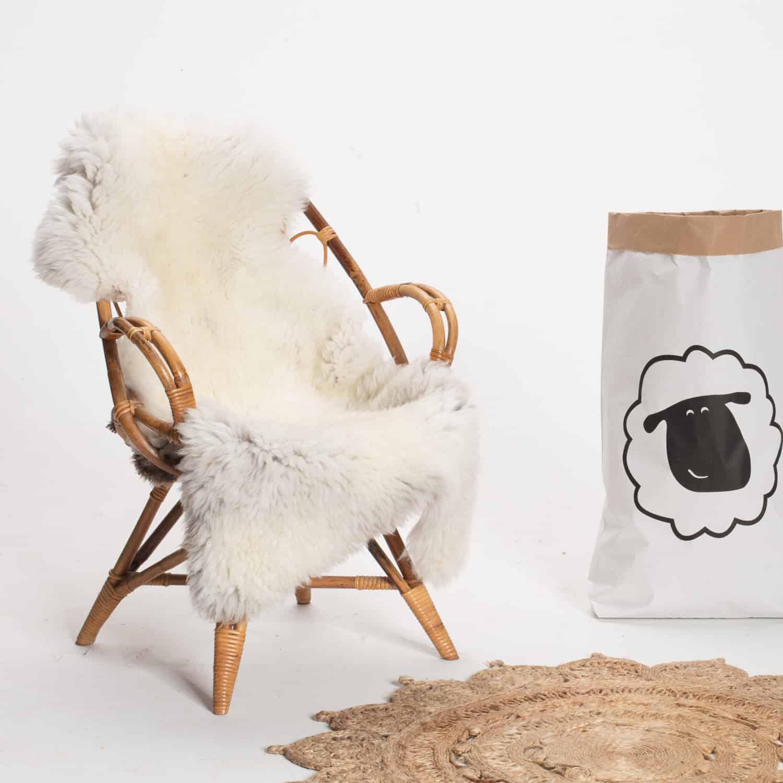 Schapenvacht beige stoel 27