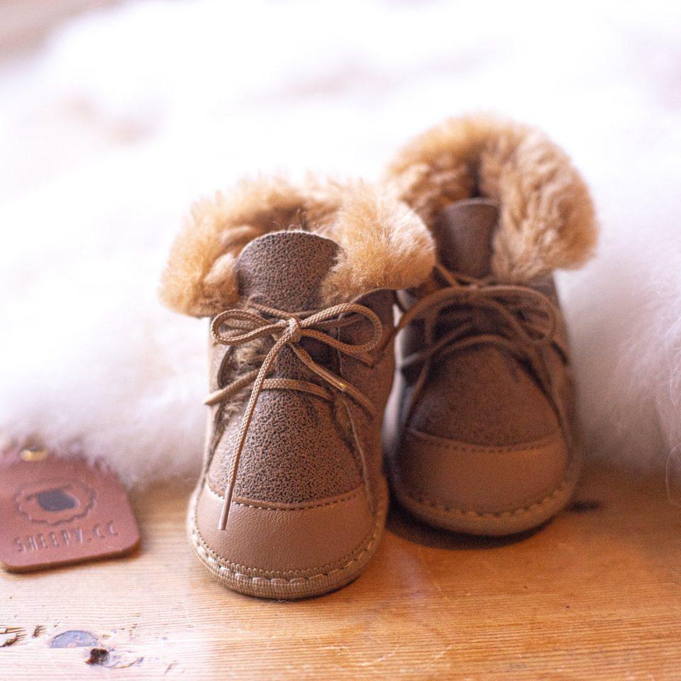Babyslofjes schapenwol Moep Schapenvacht slofjes wollen slofjes 2.jpg.jpg